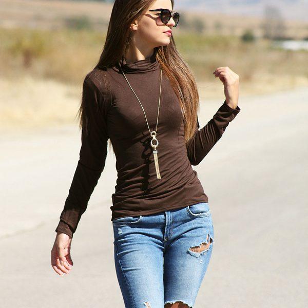 Дамска блуза в кафяво от трико